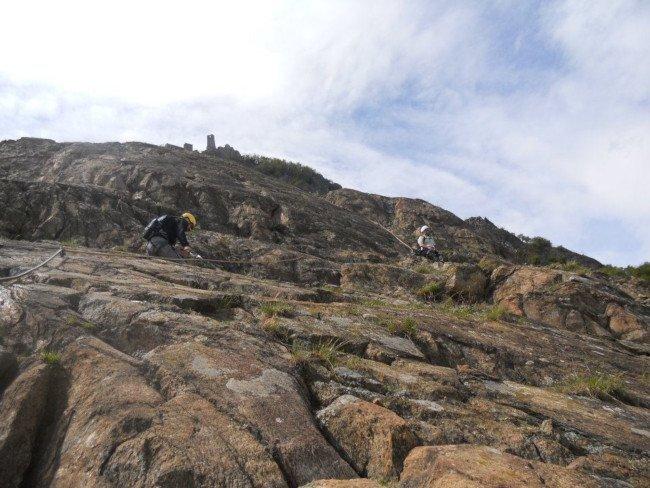 Organizzare escursione in montagna su ferrata