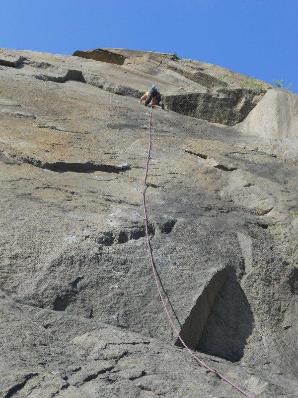 Arrampicata granito cava Borgone